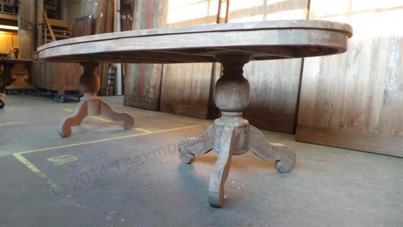 Owalny stół tekowy 300x120cm