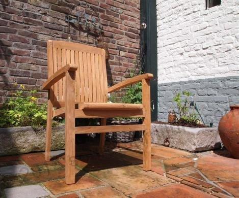 Tekowe krzesło ogrodowe