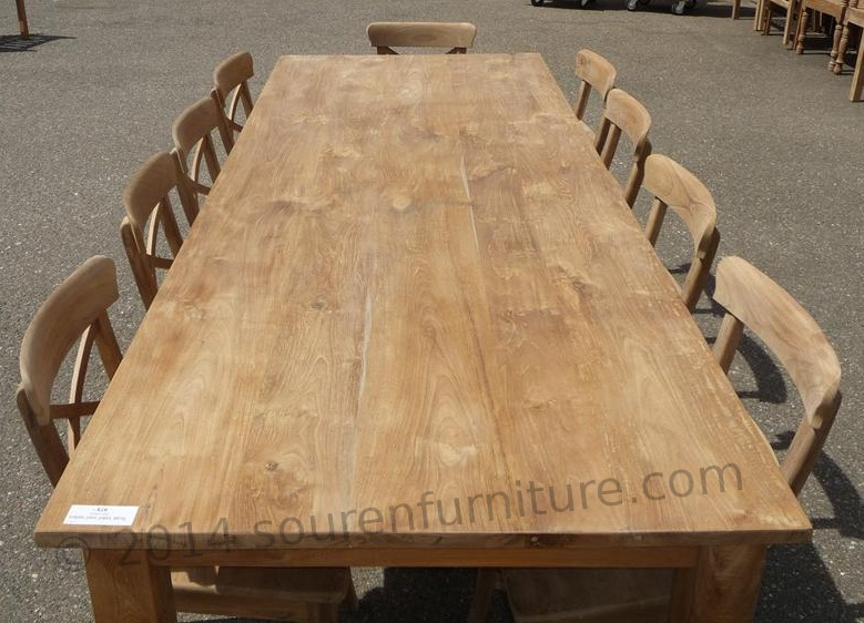 drewno tekowe - stół tekowy